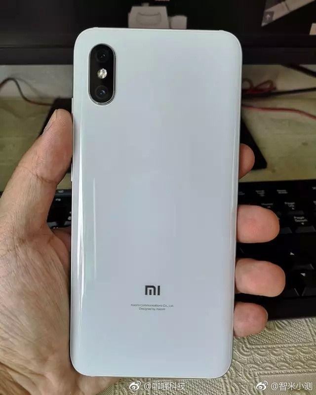 Xiaomi Mi8X скоро тоже может появиться