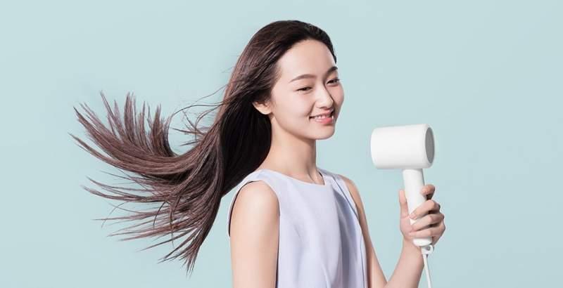Xiaomi выпустила новый ионный фен подбрендом Mijia, который стоит 18€